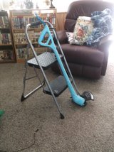 new light weight grass and weed trimmer in Alamogordo, New Mexico