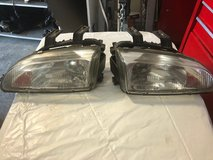 Honda Civic HeadLight Set 90-95 in Fort Campbell, Kentucky