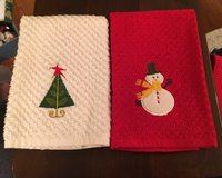 2 Holiday Towels in Chicago, Illinois
