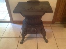 Cast Iron Stove in Chicago, Illinois