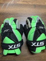 Lacrosse STX Jolt Gloves in Kingwood, Texas