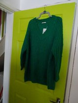 Thick green womens jumper, size 20 in Lakenheath, UK