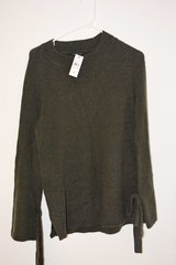 Ann Taylor Sweater Small in Ramstein, Germany
