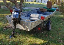 14 ft Aluminum with Mercury 9.9 hp motor in Fort Campbell, Kentucky