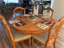 Dining Table set - Like new! in Yucca Valley, California