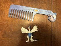 Rio comb & Figurine in Joliet, Illinois