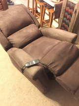 Lift Assist Recliner (electric) in Conroe, Texas