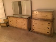 Vintage John M Smyth Bedroom set in Joliet, Illinois