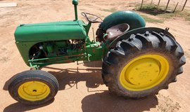 Ford 9N tractor in Alamogordo, New Mexico