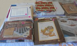 Stitchery Kits-Arts Crafts - BOX 111A in Alamogordo, New Mexico
