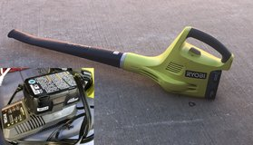 Ryobi leaf blower w/batteries and charger in Conroe, Texas