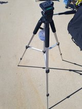 new tripod for DSLR, with carrying bag in Miramar, California
