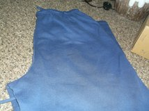 dark blue sweat pants size large in Alamogordo, New Mexico