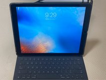 "IPad Pro 2 12.9"" ( 2nd Gen) 256GB with keyboard and apple pen in Okinawa, Japan"