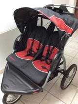 Baby trend double jogging stroller expedition in Ramstein, Germany