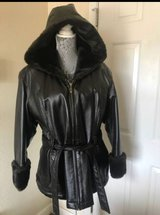 Genuine Leather with faux fur Ladies coat. size XL. in Fort Leonard Wood, Missouri