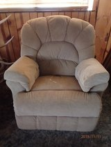 pair of Lane recliners in Alamogordo, New Mexico