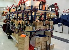 Sales Person for French wine vendor occassionally needed at the Panzer Mall in Stuttgart, GE