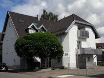 15 mins to Kelley - Sunny split-level apt in Stuttgart, GE