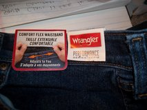 2 PAIR WRANGLER JEANS NEW WITH TAGS STILL IN PLACE   48 X30 in Warner Robins, Georgia