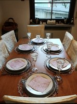 Dining room table with 6 chairs in Stuttgart, GE
