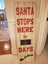 Large Holiday Signs in Beaufort, South Carolina