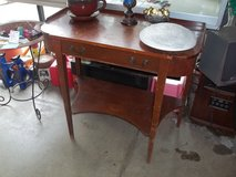 Victorian Style Entry Table in Fort Riley, Kansas