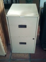 Two drawer file cabinet (no keys) in Alamogordo, New Mexico