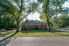 Duplex, 1 bed, 1 bath and pet friendly in Fort Campbell, Kentucky