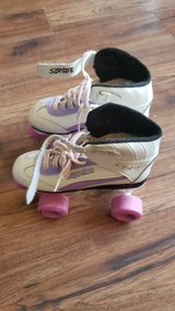 Skates in Fort Campbell, Kentucky