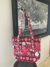 Floral Tote - similar to Vera Bradley in Bolingbrook, Illinois