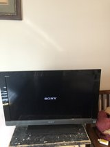32 inch tv Sony in Fort Campbell, Kentucky