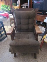 ructic rocking chair in excellent condition in Alamogordo, New Mexico