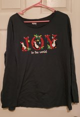 3 XL Green Holiday Shirt in Fort Campbell, Kentucky