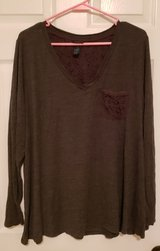 2XL Rue+ Gray Tunic in Fort Campbell, Kentucky