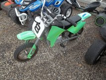 Razor Battery Mini Bike with Charger in Fort Riley, Kansas