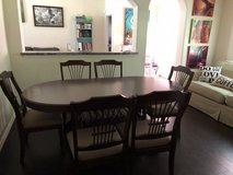 Dining Table & Chairs in Kingwood, Texas