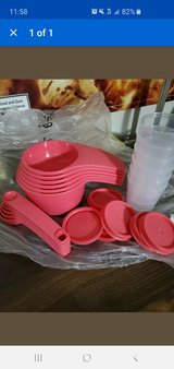 Tupperware measuring cups/spoons/mini's set in Fort Campbell, Kentucky
