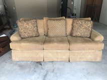 Gold Couch: Good Condition in Kingwood, Texas