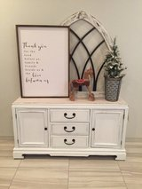 Buffet / entry table/ tv stand in Fort Bliss, Texas