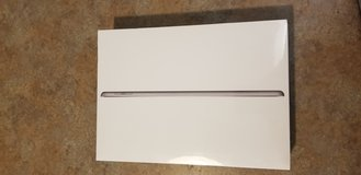Apple iPad (6th Gen) 32gb  Black Friday Deal! in Alamogordo, New Mexico