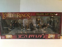 LOTR - FOTR Deluxe Gift Pack in Warner Robins, Georgia