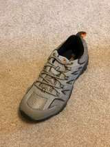 *REDUCED* - BRAND NEW- Men's Hiking Shoes- Size 10 in Houston, Texas