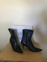 Womens Black Boots in Yucca Valley, California