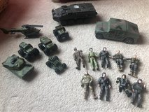 Military Toy Set - Soldiers and Vehicles (17 pieces total) in Bartlett, Illinois