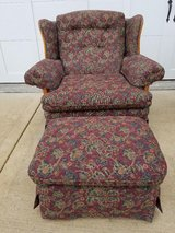 Oversized Chair w/ Ottoman in Chicago, Illinois