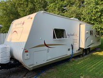 2006 Jayco Jayfeather 29N in Fort Campbell, Kentucky