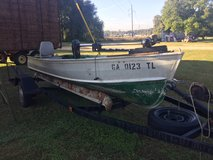 Rare Vintage VHULL's with Trolling Motor in Warner Robins, Georgia