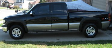 1999 Silverado LS 1500 Z71 4x4 5.3L in Fort Campbell, Kentucky