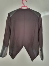 Black womens jacket size M in Ramstein, Germany